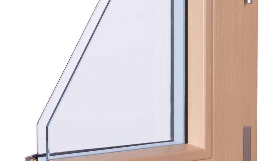 Serramenti in legno lamellare rivestiti con profili di alluminio