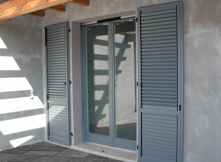 Scuri in alluminio per porte finestre - quattro M
