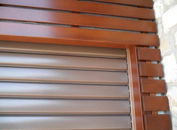 Frangisole verticali in alluminio  - quattro M
