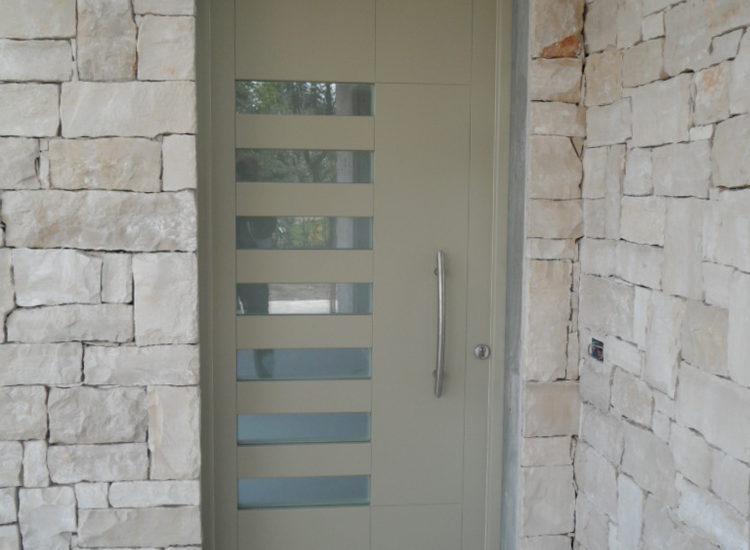 Portoncino d'ingresso in legno - quattro M
